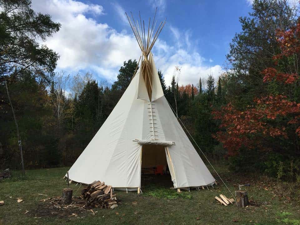 Products : Canadian-Made Canvas Tipis/Teepees, Lodges, Tents